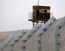 Lebanon tightens security along Syria border