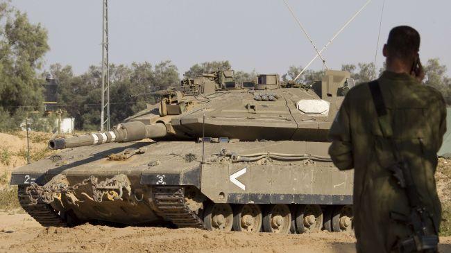 Israeli troops raid Jenin refugee camp, shoot at Palestinians