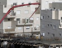 France warns firms doing business in Israel settlements