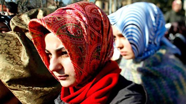 Veiled Turkish teacher prevented from entering exam hall