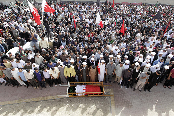 Bahrainis stage sit-in protest for release of Jaziri's body
