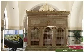 Jordan:Takfiris Burn Jaafar Bin Abi Taleb's Tomb