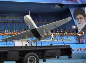 """ایران میں جدید ترین لڑاکا ڈرون طیارے """"حماسہ"""" کی تقریب رونمائی"""