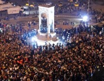 Turkish court cancels plan to redevelop Istanbul's Taksim Square