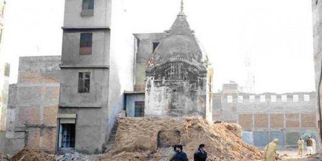 Notorious Deobandi mosque in Raja Bazar: illegal land occupation and General Zia's role in creating extremism