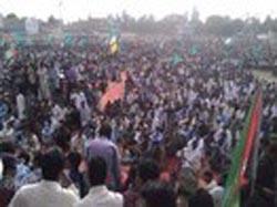 Victorious Shiites filled Mumtaz Stadium Khairpur to hold Labbaik Ya Rasoolullah (PBUH) Conference