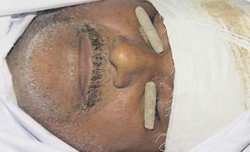 کراچی: لانڈھی کلنک کے باہر فائرنگ شیعہ ڈاکٹر شہید، بھائی زخمی۔