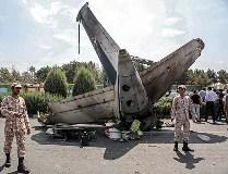 تہران، سپاھان ایئر لائن کا چھوٹا مسافر بردار طیارہ گر کر تباہ، 48 افراد جاں بحق