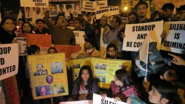 Karachi vows it will 'Never Forget' APS victims